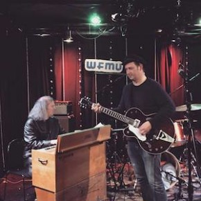 Greg Cartwright and accompanist at WFMU's Monty Hall