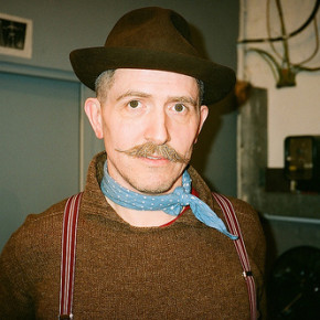 Mr Billy Childish before his performance at the Aquarium Gallery 17 April 2008