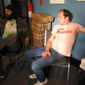 Tim (l) and Shayde (r) of The Fresh & Only's eatin' pizza at WFMU